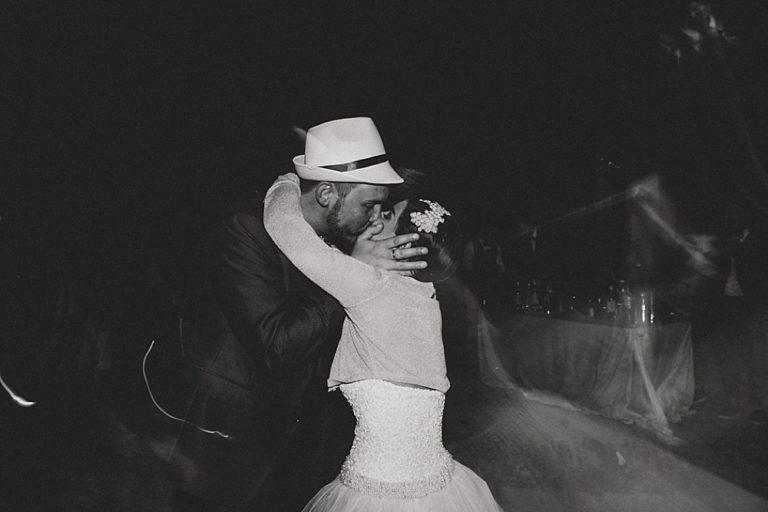 kiss- Laura Bravi Events
