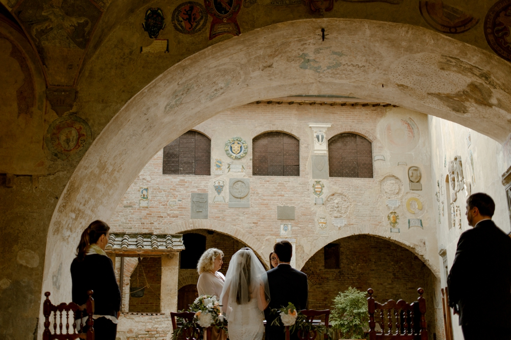 Civil wedding ceremony Italy - Laura Bravi Events