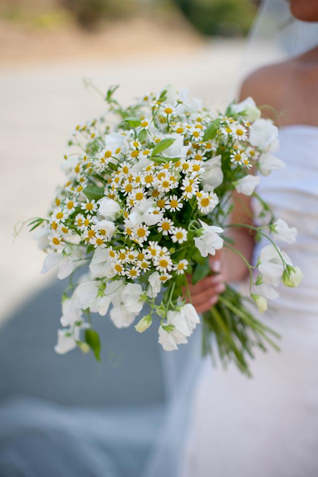 Ромашка в букете невесты, цветы