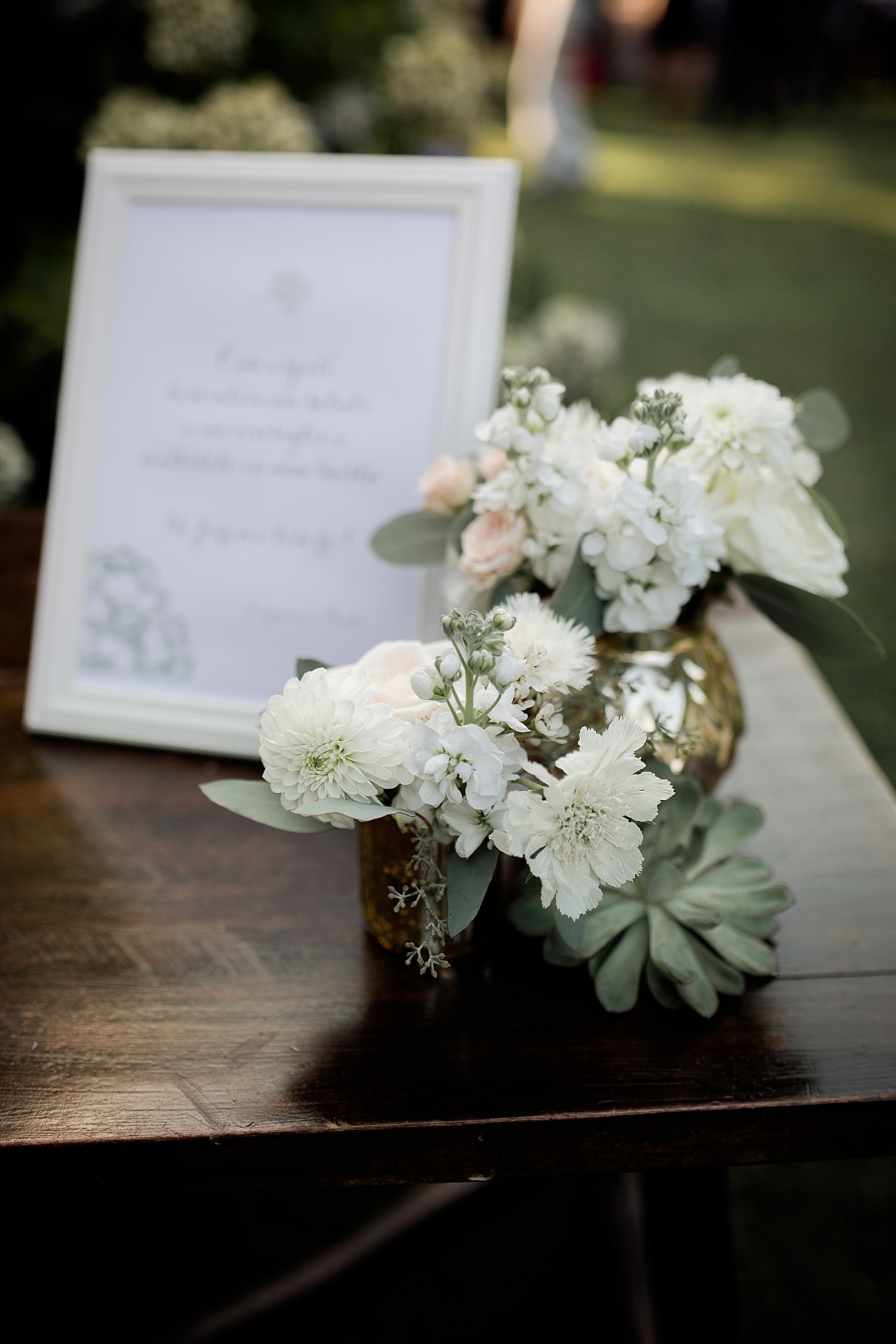 chic elegant wedding Italy flower decor