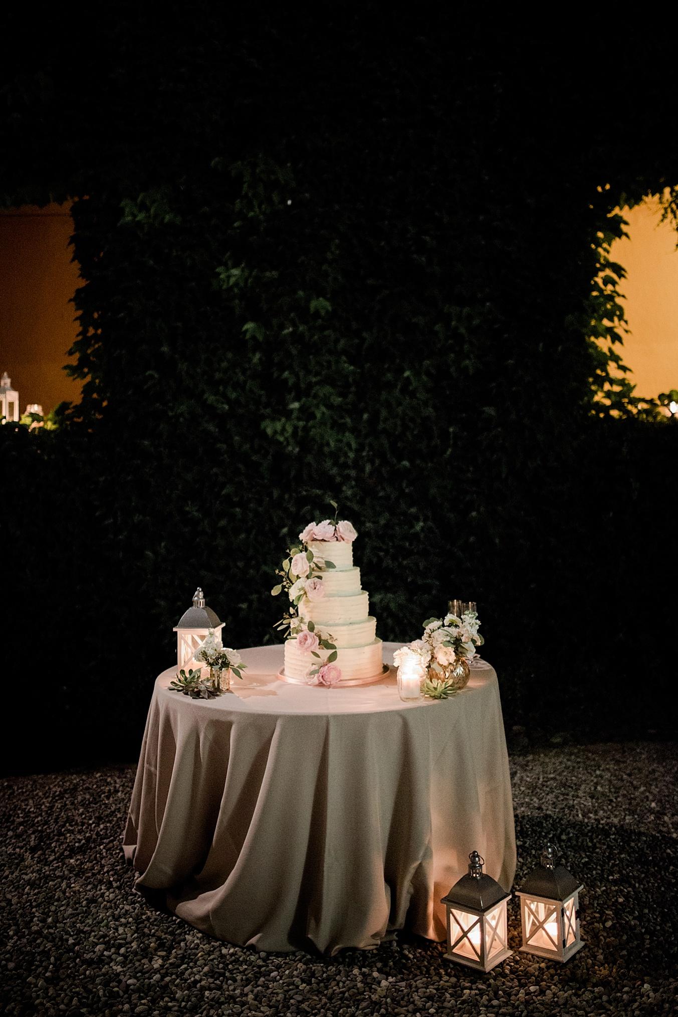 chic elegant wedding Italy cake