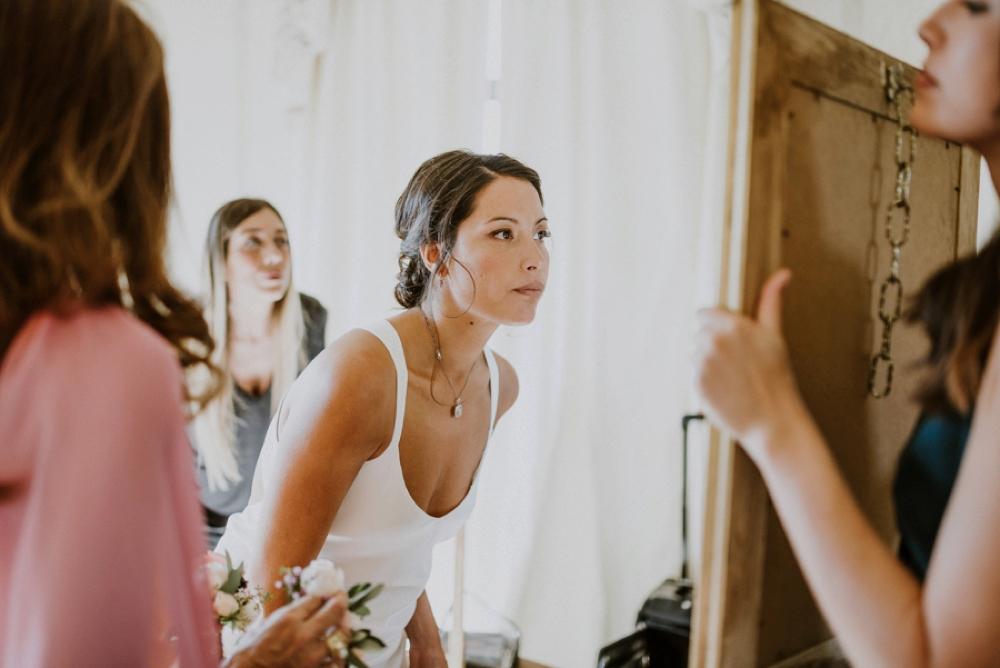 bride getting ready - buddhist wedding in italy