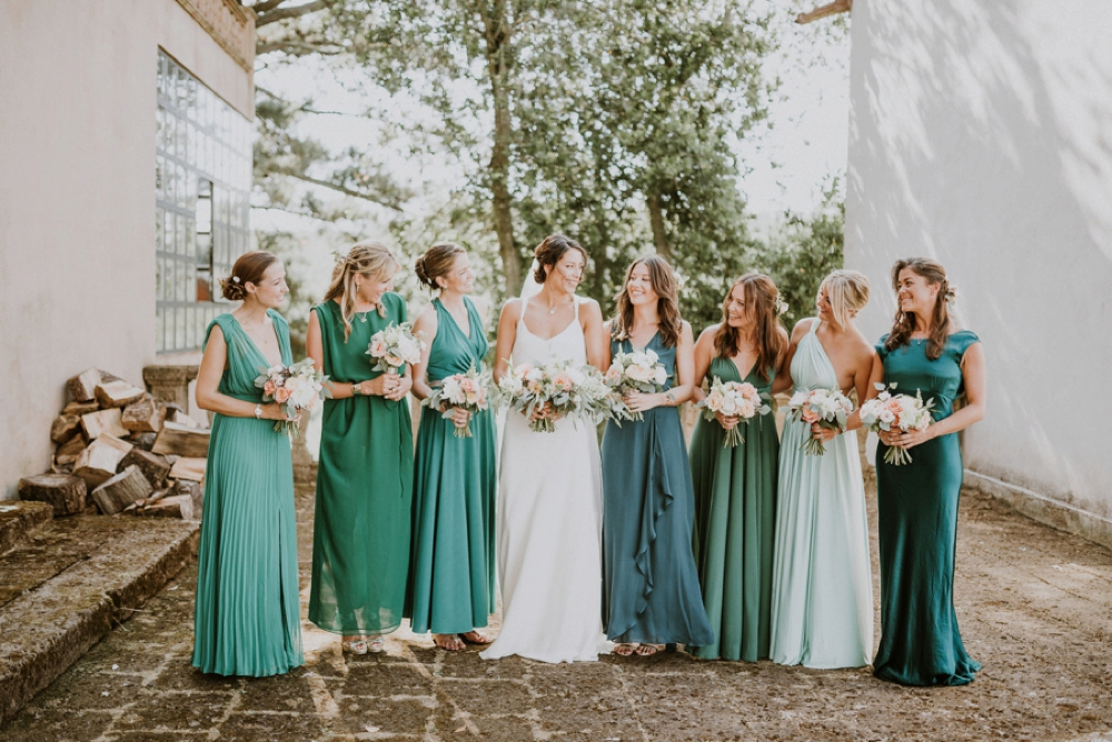 bride and bridesmaids - buddhist wedding in italy