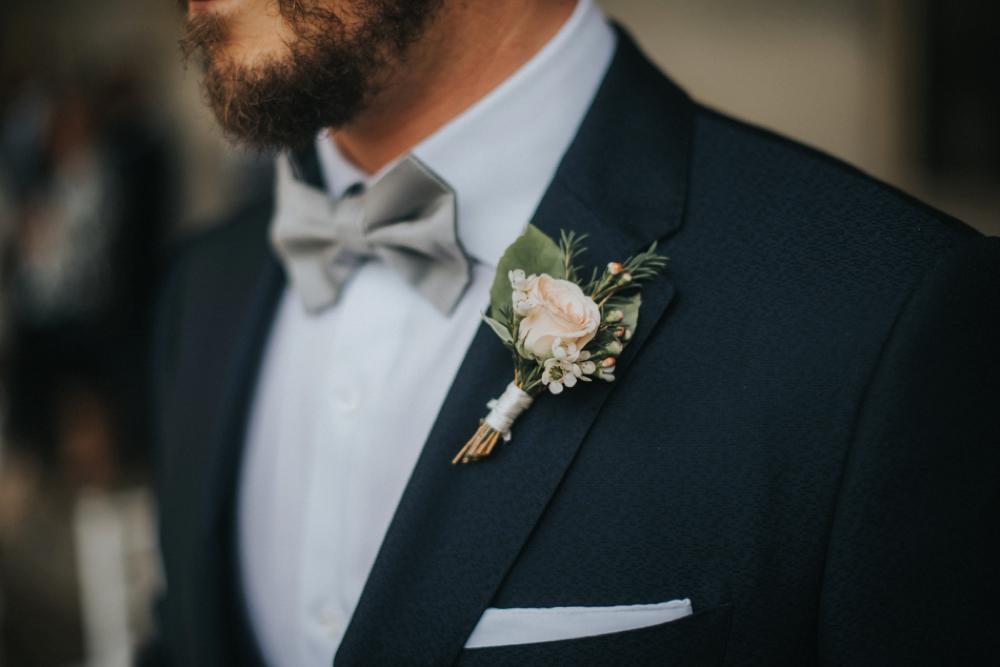 Veneto Villa Wedding - boutonnierre