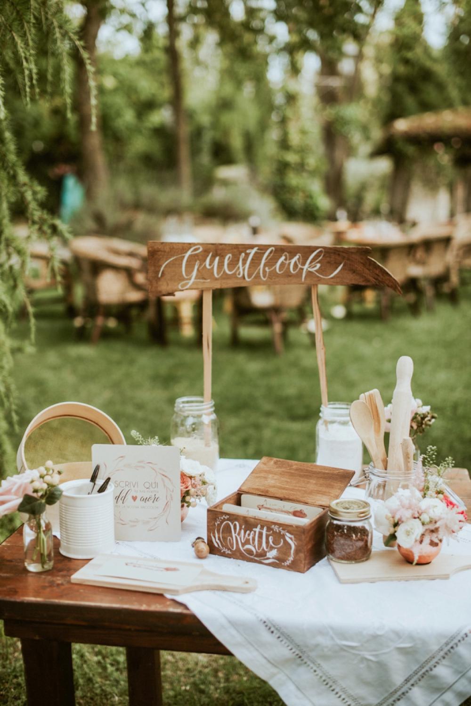 Rustic Foodie Italy Wedding -guestbook- Laura Bravi Events