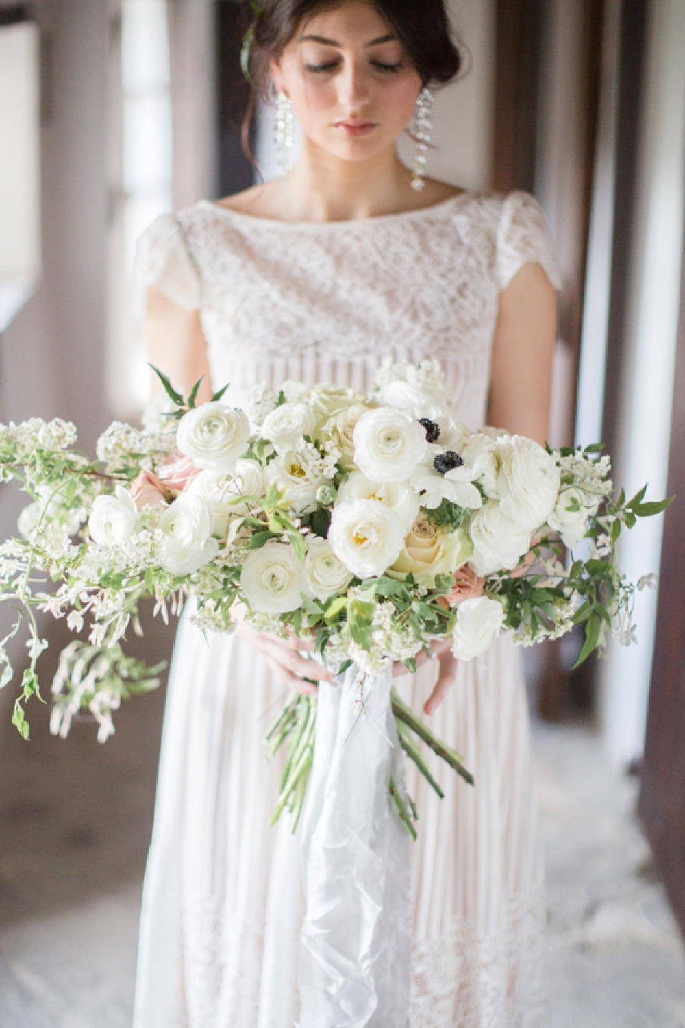 Tuscany intimate elopement bouquet