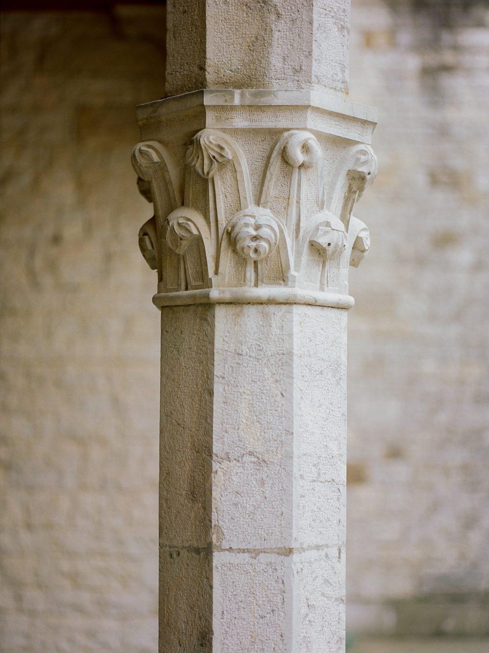 badia berardenga column