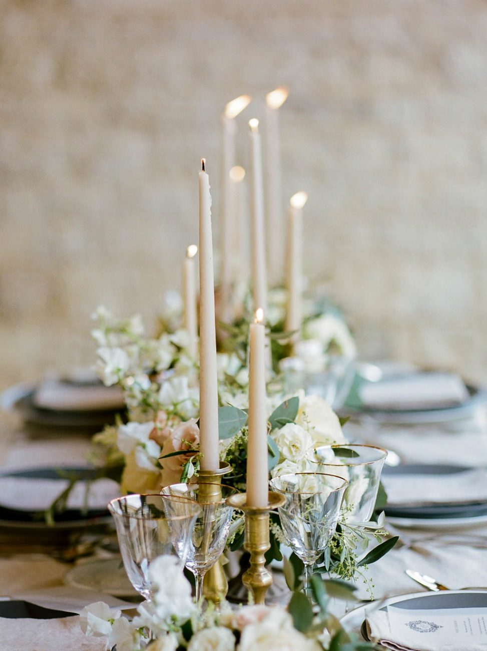 table setting elegant rustic Tuscany