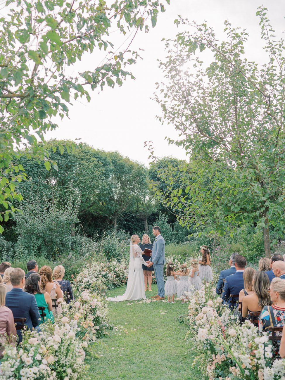 wedding-ceremony-borgo-santo-pietro-corbin-gurkin-LauraBraviEvents-LaRosaCaninaFirenze